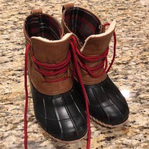 Magellan boots